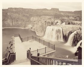 Viewpoint over Shoshone Falls I, Idaho